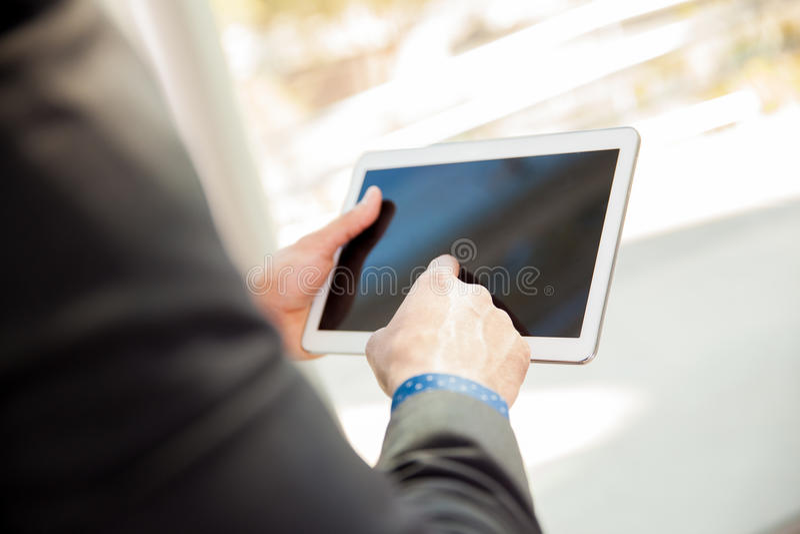 Κινηματογράφηση σε πρώτο πλάνο ενός υπολογιστή ταμπλετών στοκ φωτογραφία με δικαίωμα ελεύθερης χρήσης