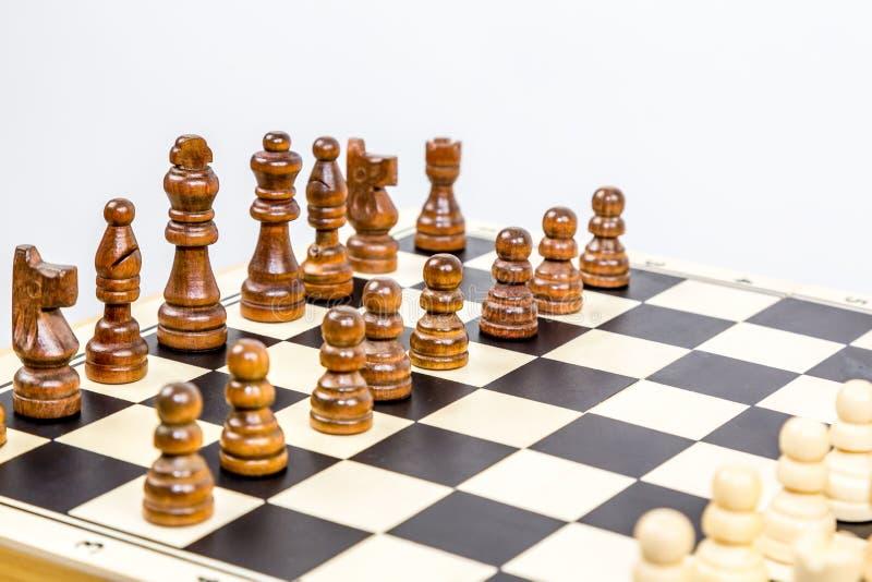 Κινηματογράφηση σε πρώτο πλάνο του παιχνιδιού σκακιού με το ρηχό βάθος του τομέα στοκ εικόνες με δικαίωμα ελεύθερης χρήσης