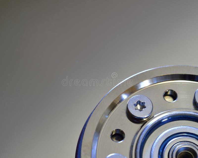 Κινηματογράφηση σε πρώτο πλάνο του σκληρού δίσκου υπολογιστών με την πλήμνη αξόνων στοκ εικόνα με δικαίωμα ελεύθερης χρήσης
