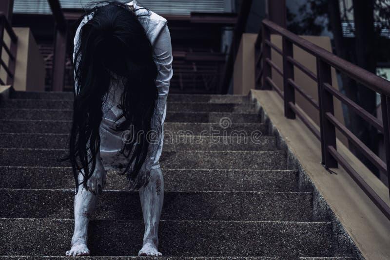 Κινηματογράφος θανάτου σκηνής φρίκης γυναικών φαντασμάτων στοκ εικόνες με δικαίωμα ελεύθερης χρήσης