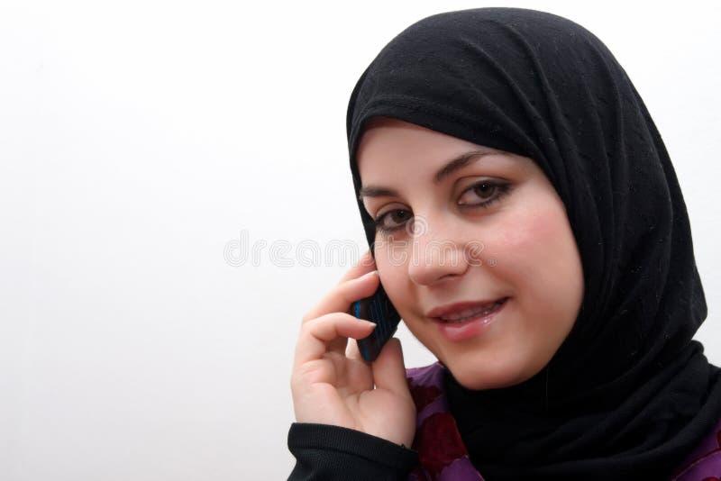 κινητή γυναίκα συζήτησης &Iot στοκ εικόνα