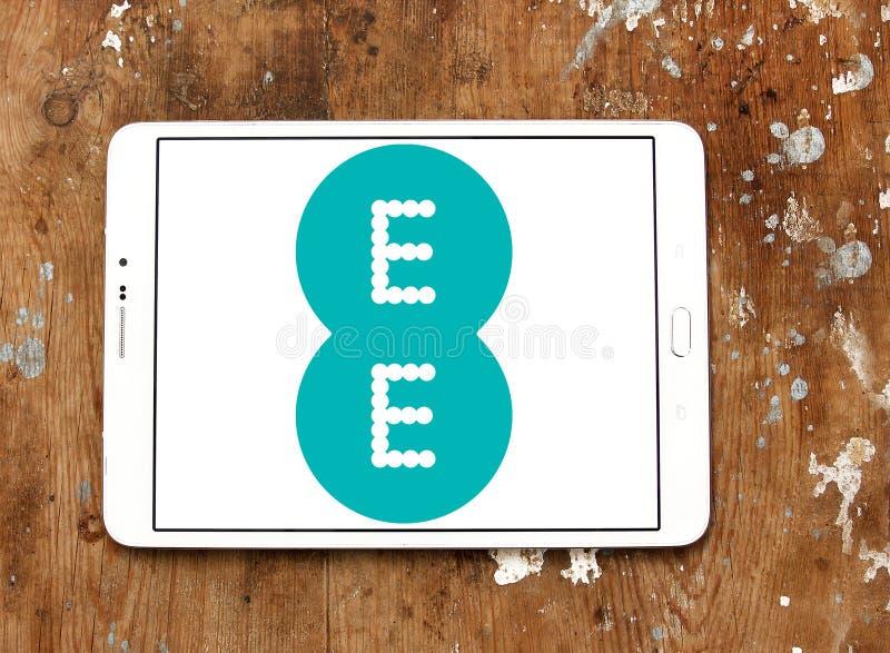 Κινητό λογότυπο χειριστών EE στοκ φωτογραφίες