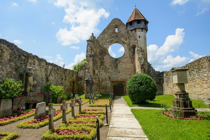 Κιστερκιανό μοναστήρι από το χωριό Carta, κοντά στο Sibiu, Τρανσυλβανία, Ρουμανία στοκ φωτογραφία