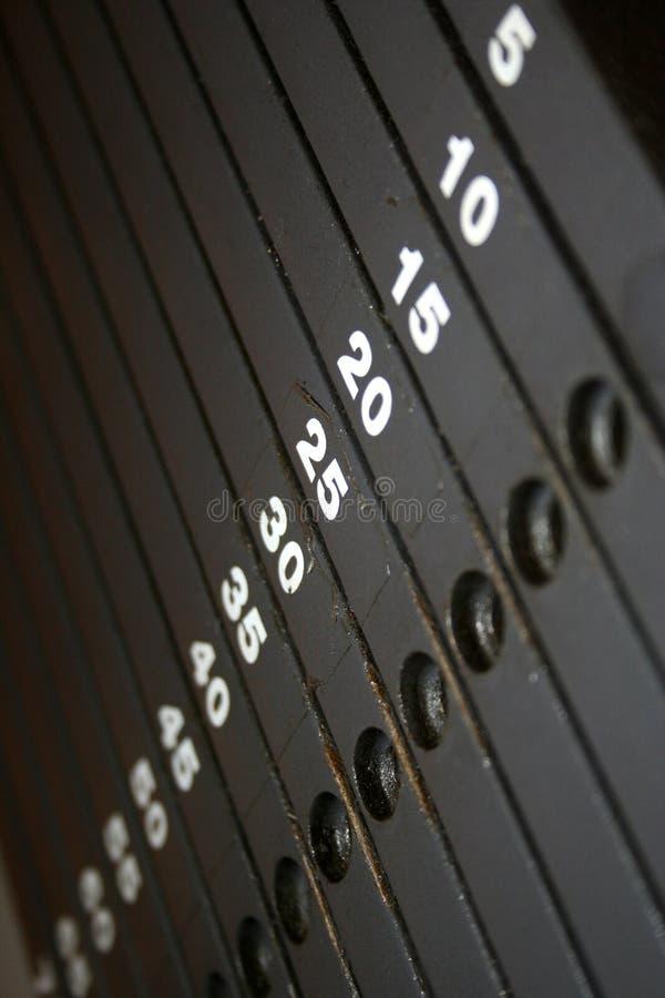 Κλίμακα στοιβών βάρους στοκ φωτογραφίες