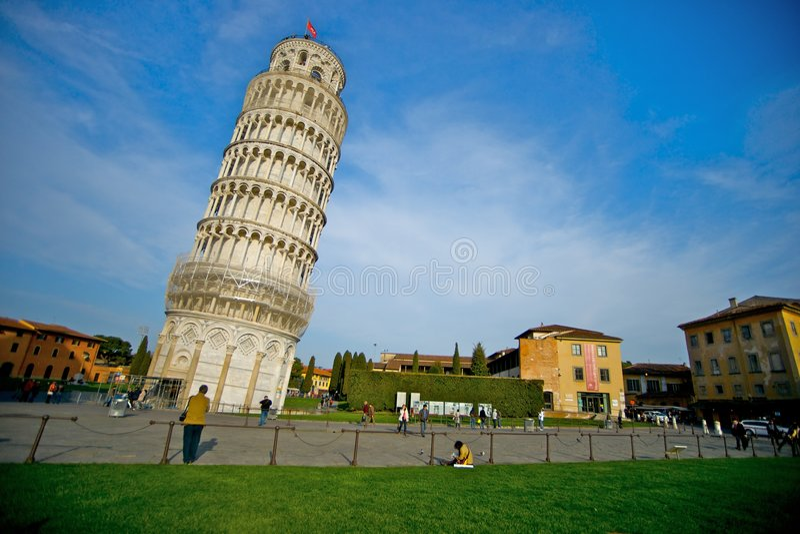 κλίνοντας πύργος της Πίζα&sig στοκ φωτογραφίες με δικαίωμα ελεύθερης χρήσης