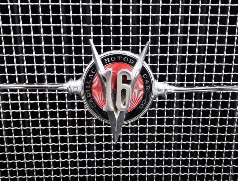 Κλασικό εκλεκτής ποιότητας έμβλημα λογότυπων Cadillac V16 στοκ φωτογραφία με δικαίωμα ελεύθερης χρήσης
