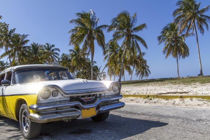 Κλασικό εκλεκτής ποιότητας αυτοκίνητο στοκ φωτογραφία με δικαίωμα ελεύθερης χρήσης