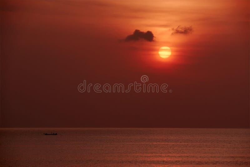 κλασικό ηλιοβασίλεμα π&alp στοκ εικόνες με δικαίωμα ελεύθερης χρήσης