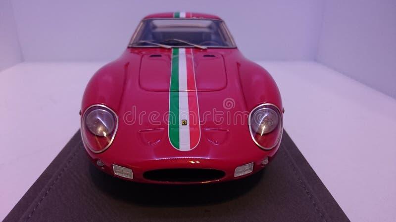Κλασικό ιταλικό αυτοκίνητο ημέρας Τύπου Ferrari 250GTO στοκ εικόνα με δικαίωμα ελεύθερης χρήσης