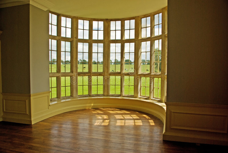 κλασικό παράθυρο τόξων στοκ φωτογραφία