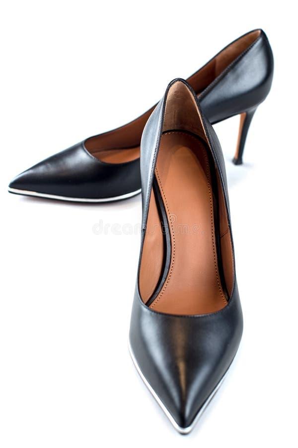 Κλασσική μαύρη βάρκα παπουτσιών τακουνιών γυναικών υψηλή στοκ εικόνα με δικαίωμα ελεύθερης χρήσης
