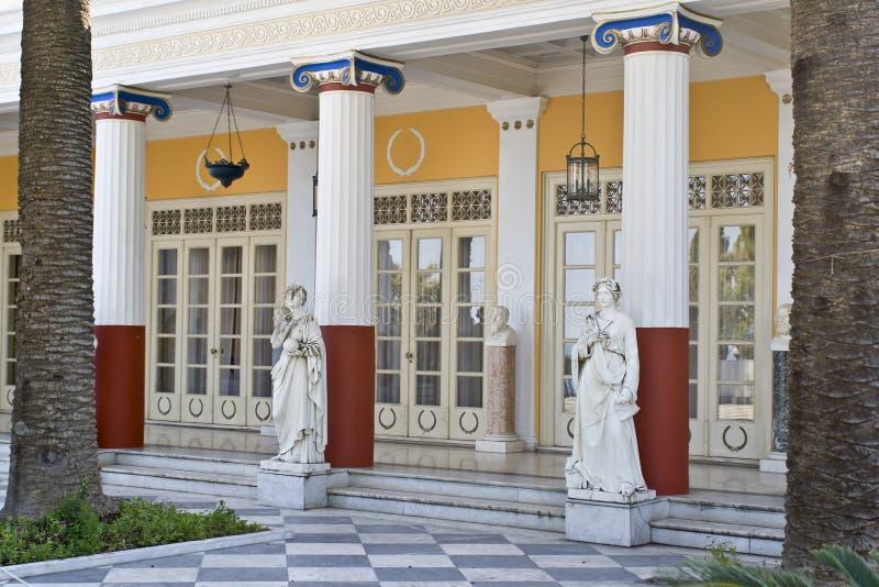 κλασσικός ελληνικός ναό&s στοκ φωτογραφία με δικαίωμα ελεύθερης χρήσης