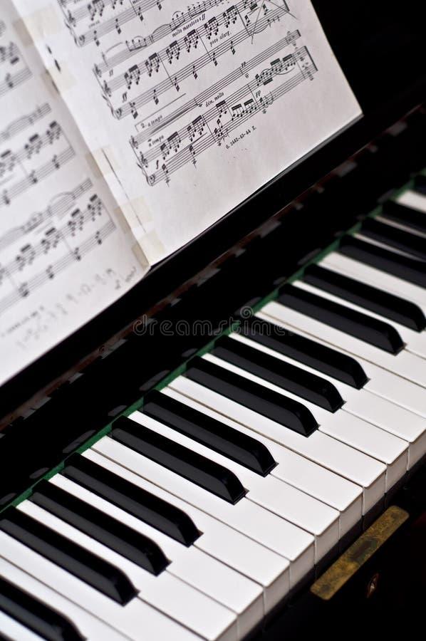 κλασσικό πιάνο στοκ εικόνες