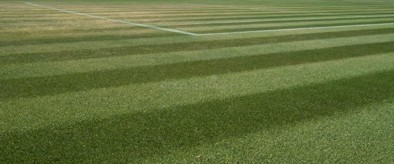 Κλείστε επάνω καλά το γήπεδο αντισφαίρισης χλόης σε Wimbledon, που φωτογραφίζεται κατά τη διάρκεια των 2018 πρωταθλημάτων στοκ εικόνες με δικαίωμα ελεύθερης χρήσης