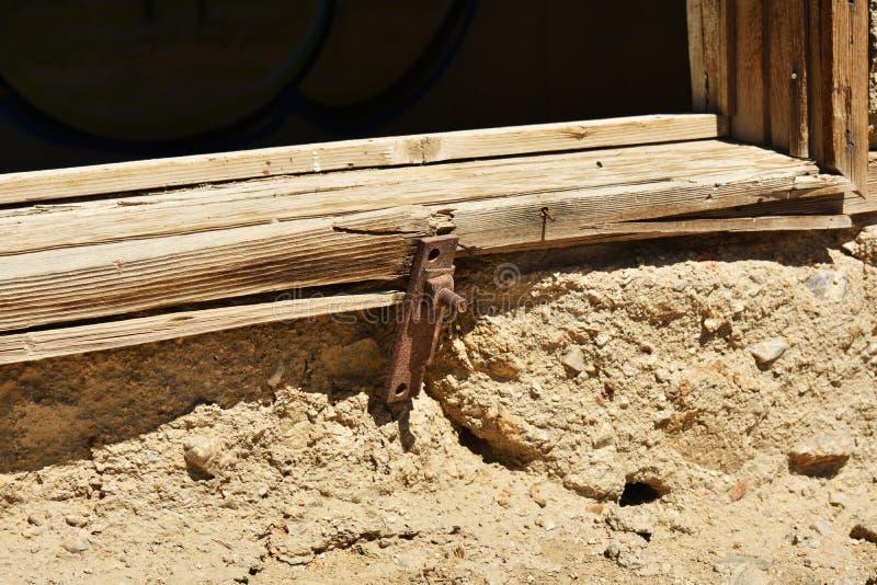 Κλείστε επάνω του κτηρίου πετρών στην έρημο στοκ εικόνες
