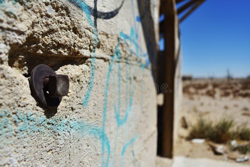 Κλείστε επάνω του κτηρίου πετρών στην έρημο στοκ εικόνα με δικαίωμα ελεύθερης χρήσης