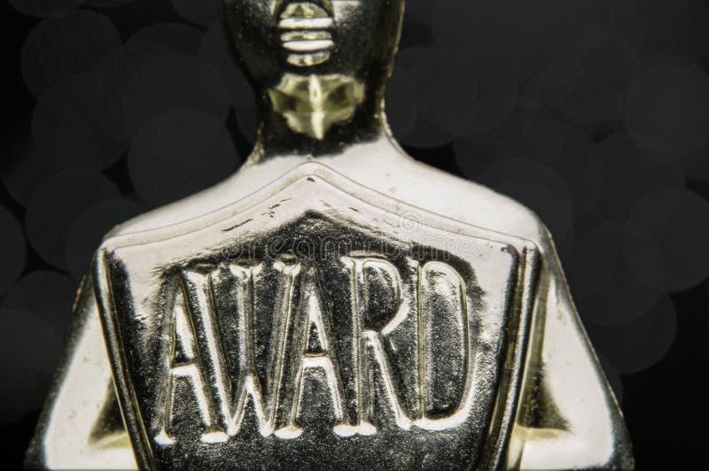 Κλείστε επάνω του χρυσού βραβείου sheild στο Μαύρο. στοκ φωτογραφία με δικαίωμα ελεύθερης χρήσης