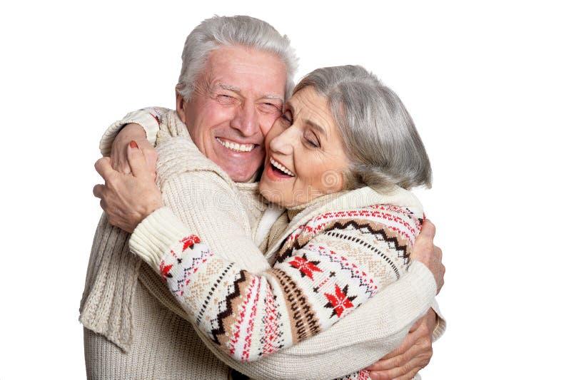 Κλείστε επάνω το πορτρέτο του χαμογελώντας ώριμου ζεύγους στοκ εικόνες