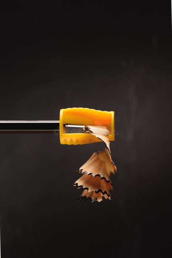 κλείστε επάνω των ξεσμάτων μολυβιών από sharpener στοκ εικόνες με δικαίωμα ελεύθερης χρήσης