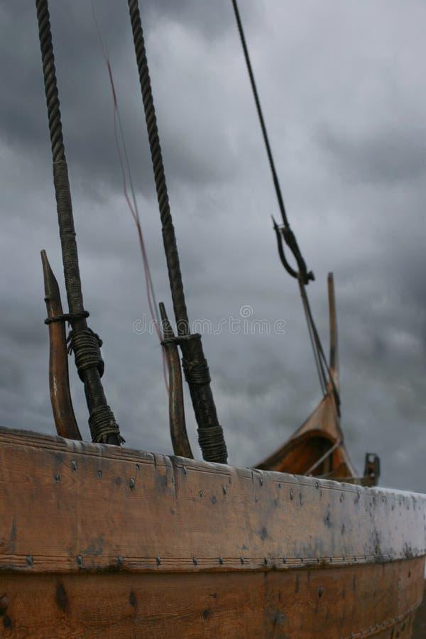 κλείστε το σκάφος επάνω σε Βίκινγκ στοκ φωτογραφίες