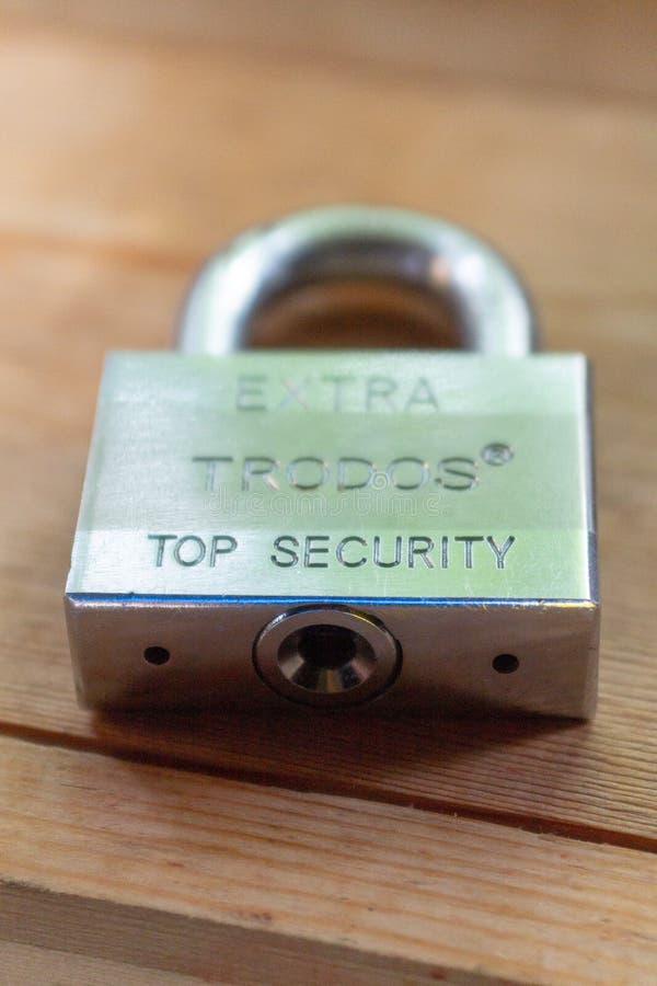 Κλειδαριά πορτών μετάλλων στοκ φωτογραφία με δικαίωμα ελεύθερης χρήσης