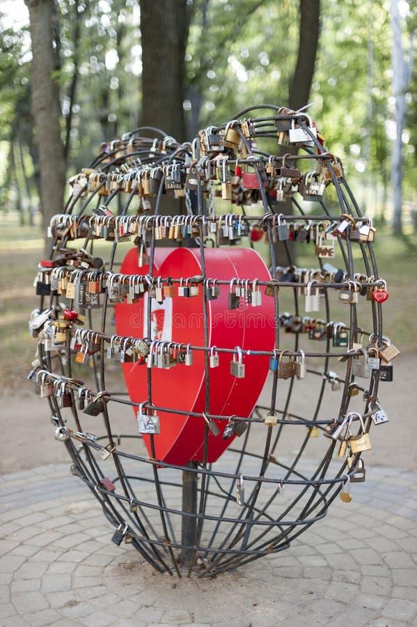 Κλειδαριές της αγάπης στο chisinau στοκ εικόνες με δικαίωμα ελεύθερης χρήσης