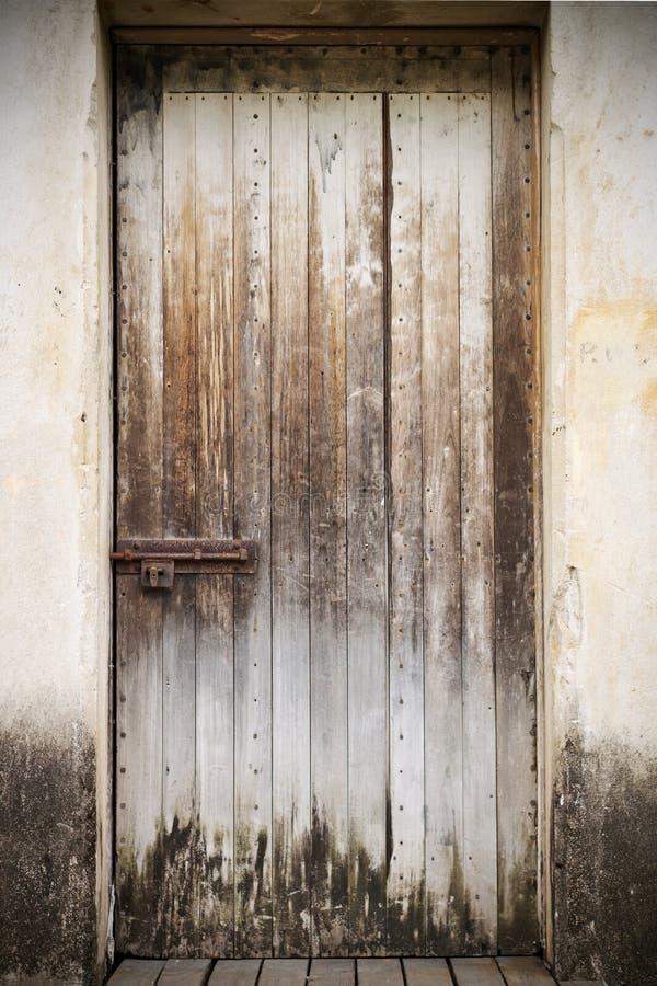 κλειστός παλαιός ξύλινο&sig στοκ φωτογραφία με δικαίωμα ελεύθερης χρήσης