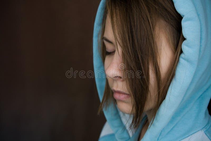 κλειστό κορίτσι ματιών στοκ φωτογραφία