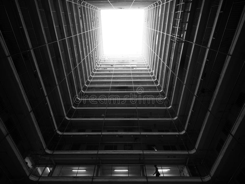 Κλουβί Buliding Χονγκ Κονγκ γραπτό στοκ φωτογραφίες με δικαίωμα ελεύθερης χρήσης