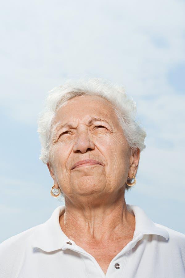 κοίταγμα επάνω στη γυναίκα στοκ φωτογραφίες με δικαίωμα ελεύθερης χρήσης