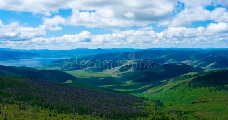 κοιλάδα βουνών στοκ εικόνες