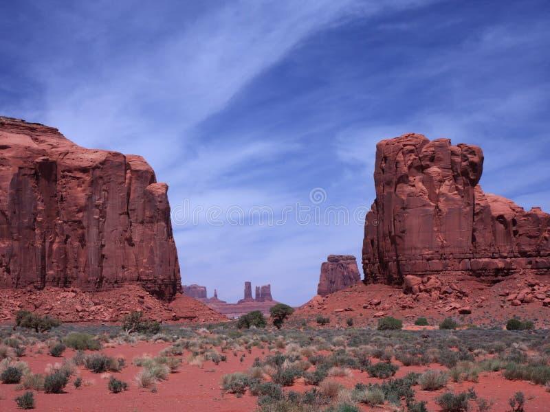 κοιλάδα μνημείων ερήμων τη&sig στοκ εικόνες