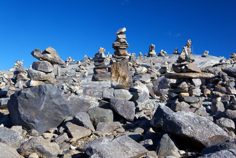 Download κοιλάδα πετρών στοκ εικόνες. εικόνα από οριζόντιος, μνήμη - 17054892