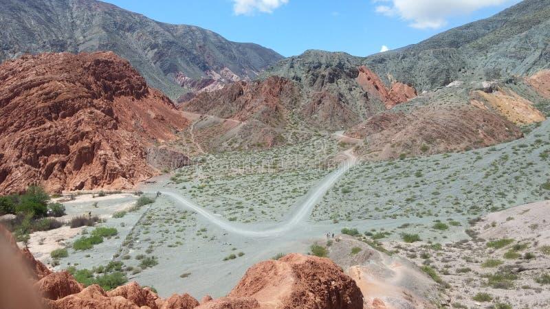 Κοιλάδα στο λόφο 7 χρωμάτων στοκ εικόνα με δικαίωμα ελεύθερης χρήσης