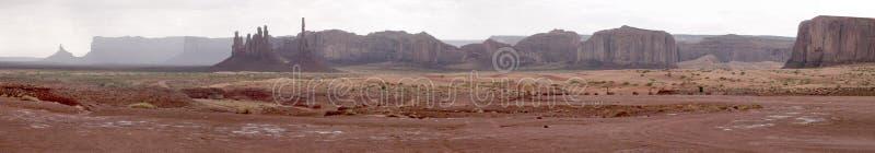 κοιλάδα pano μνημείων στοκ φωτογραφίες με δικαίωμα ελεύθερης χρήσης