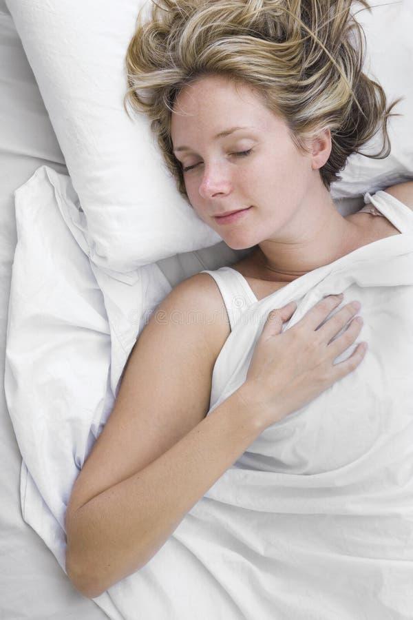 κοιμισμένη γυναίκα στοκ φωτογραφία με δικαίωμα ελεύθερης χρήσης