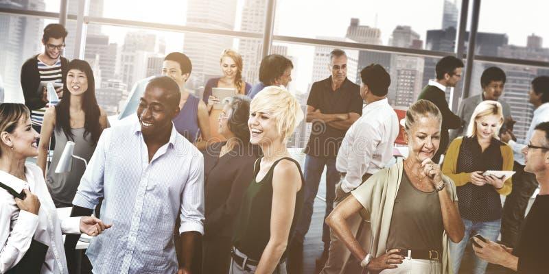Κοινοτική έννοια σύνδεσης επικοινωνίας επιχειρηματιών στοκ εικόνα