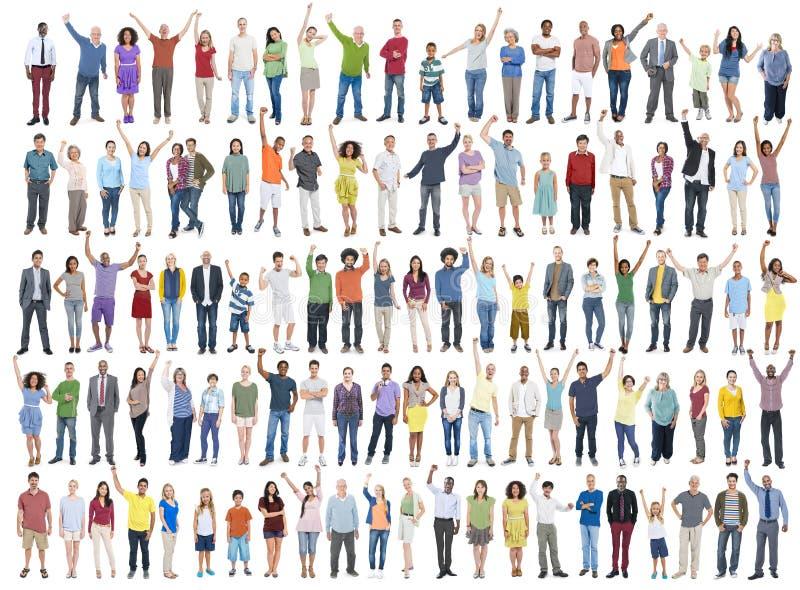 Κοινοτικό πλήθος Γ ευτυχίας εορτασμού επιτυχίας ποικιλομορφίας ανθρώπων στοκ εικόνα με δικαίωμα ελεύθερης χρήσης