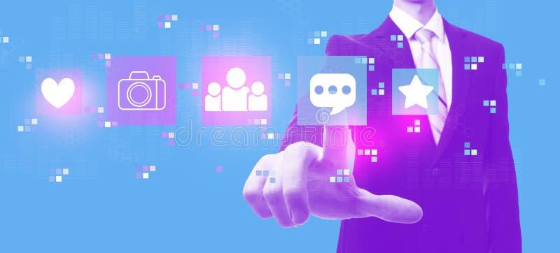 Κοινωνικά μέσα με τον επιχειρηματία στο duotone απεικόνιση αποθεμάτων
