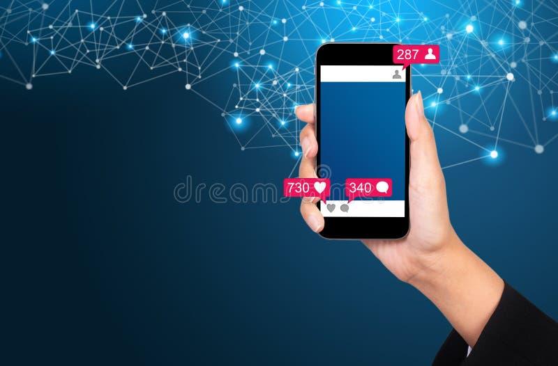 Κοινωνική έννοια μέσων Επικοινωνία στα κοινωνικά δίκτυα Εικόνα στοκ φωτογραφία