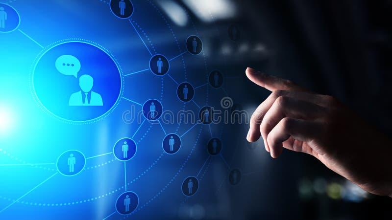 Κοινωνική πλατφόρμα μέσων, δομή επικοινωνίας πελατών, SMM, μάρκετινγκ Έννοια τεχνολογίας Διαδικτύου και επιχειρήσεων στοκ εικόνα