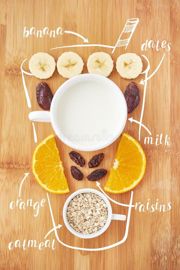 Κοκτέιλ καταφερτζήδων συνταγής Φρέσκοι καταφερτζήδες, detox, κοκτέιλ φρούτων για την υγιή ζωή και επιλογές διατροφής στοκ εικόνα