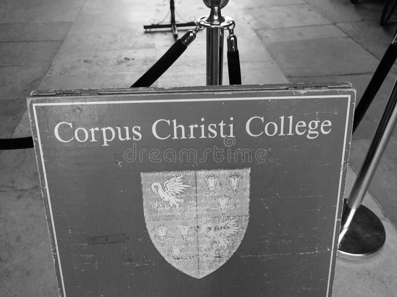 Κολλέγιο του Corpus Christi στο Καίμπριτζ σε γραπτό στοκ φωτογραφία