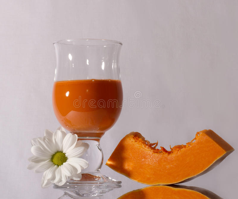 κολοκύθα χυμού καρότων στοκ φωτογραφίες με δικαίωμα ελεύθερης χρήσης