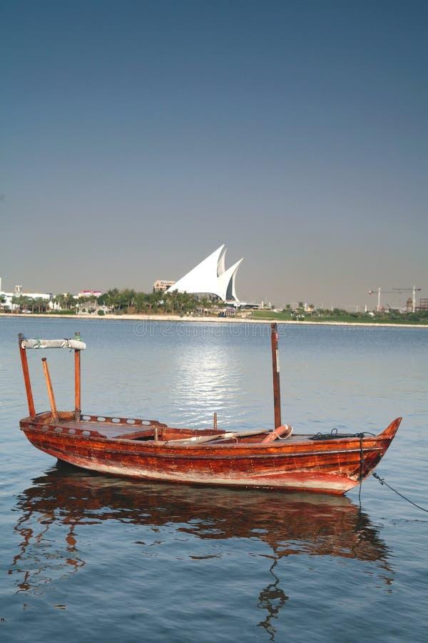 κολπίσκος Ντουμπάι βαρκώ στοκ φωτογραφίες