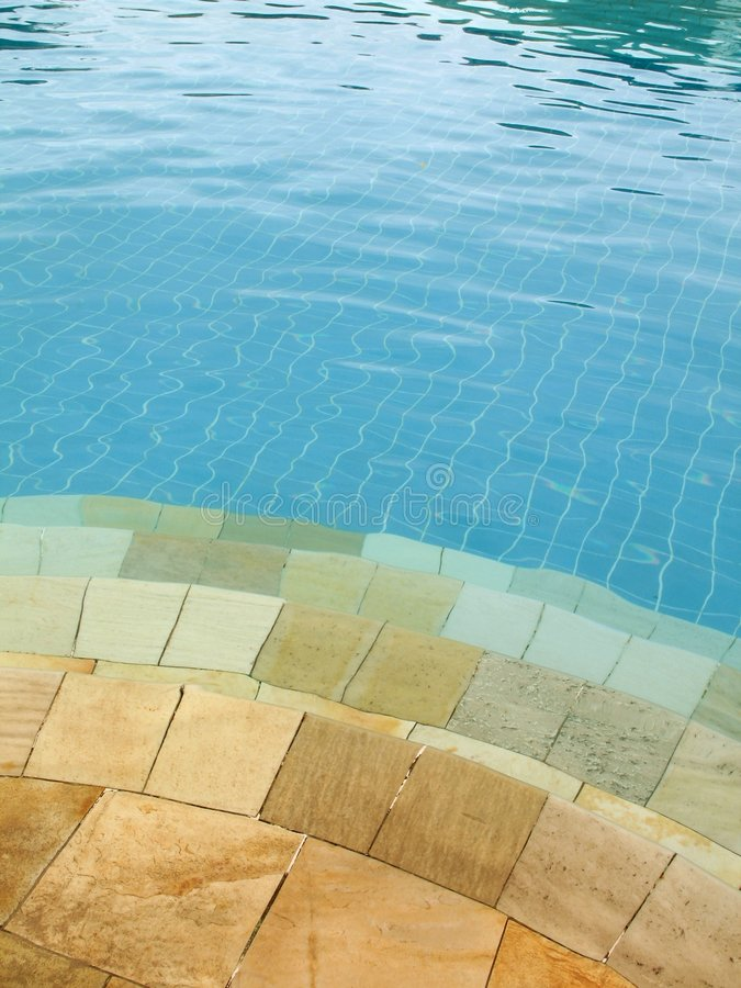 Download κολύμβηση 4 λιμνών στοκ εικόνες. εικόνα από διαστρεβλωμένος - 2228970