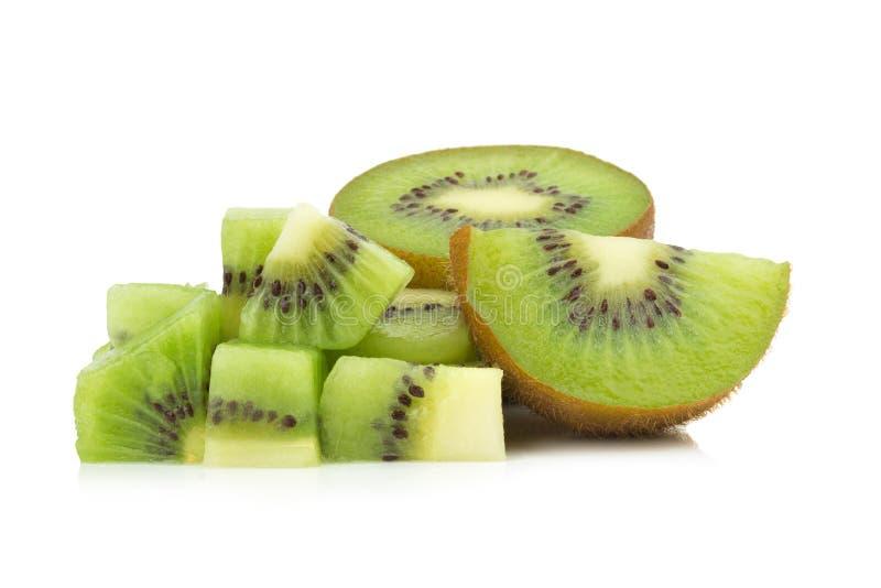 Κομμάτι φρούτων ακτινίδιων φέτα μισός η ανασκόπηση απομόνωσε το λευκό στοκ φωτογραφία με δικαίωμα ελεύθερης χρήσης
