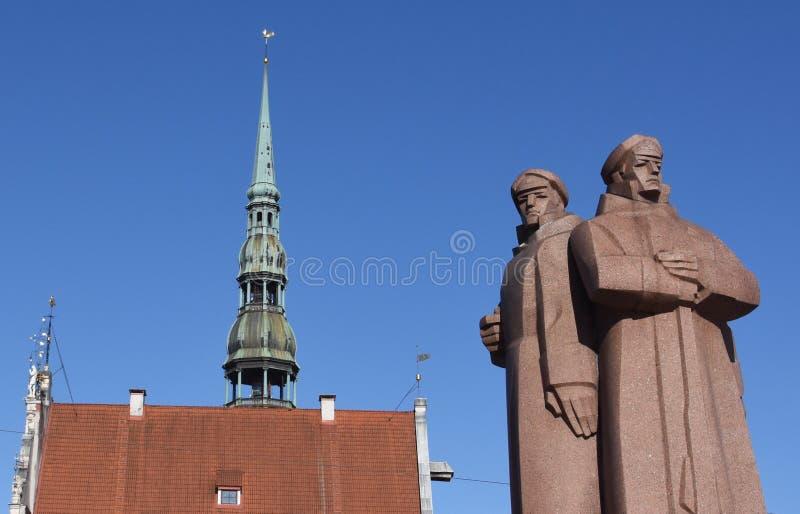 Κομμουνιστικός κώνος αγαλμάτων και εκκλησιών στοκ φωτογραφία