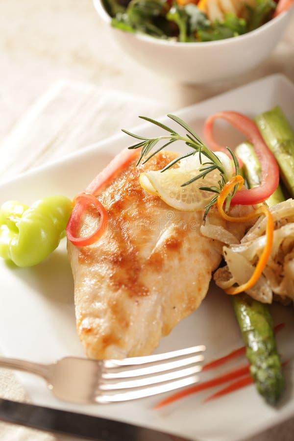κομψό γεύμα κοτόπουλου στοκ φωτογραφίες με δικαίωμα ελεύθερης χρήσης