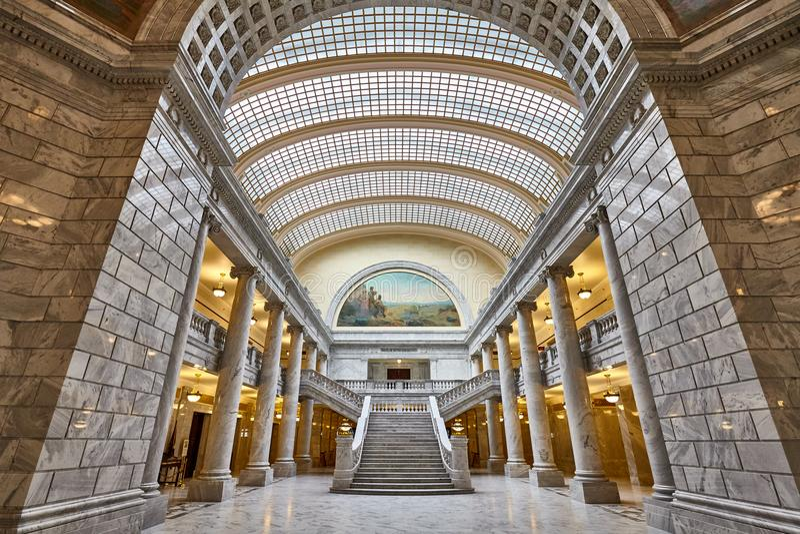 Κομψό εσωτερικό του κτηρίου κρατικού Capitol της Γιούτα στοκ εικόνες